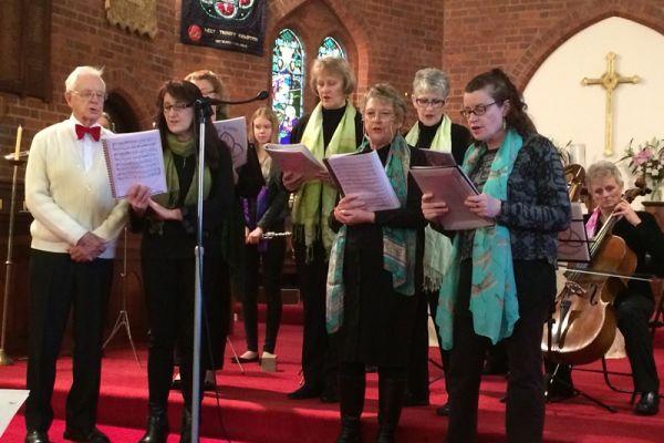 Holy Trinity Hampton Harmony Singers